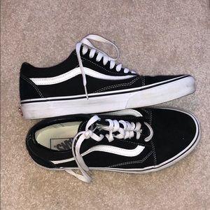Vans black low top sneakers good condition